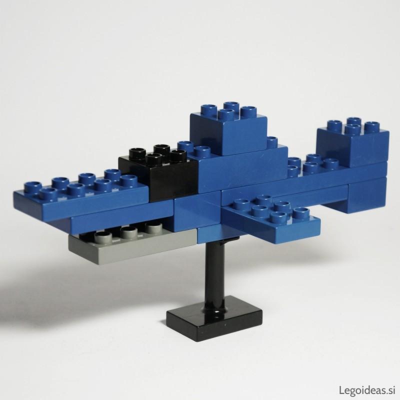 Lego Duplo shark