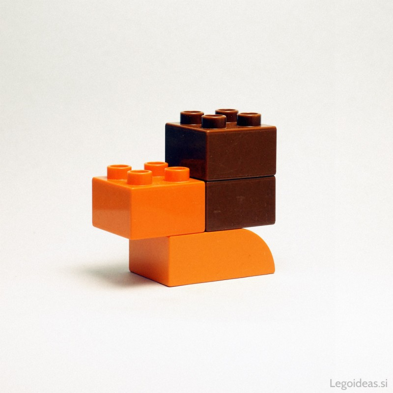 Lego Duplo simple snail
